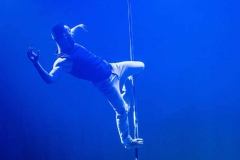 Emmanuel_pole_dance 01